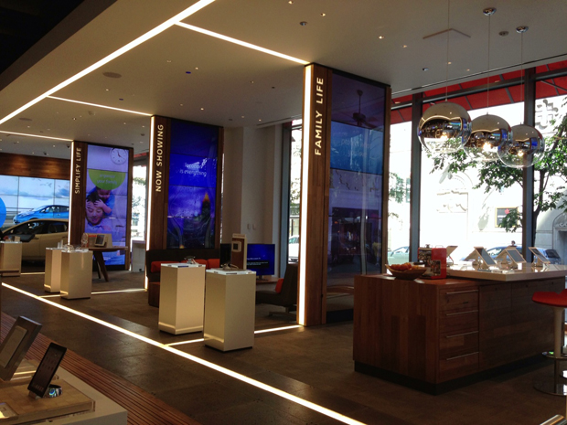 A new ATT store in Chicago features lifestyle categories and digital point of sale iPads for different apps and devices.