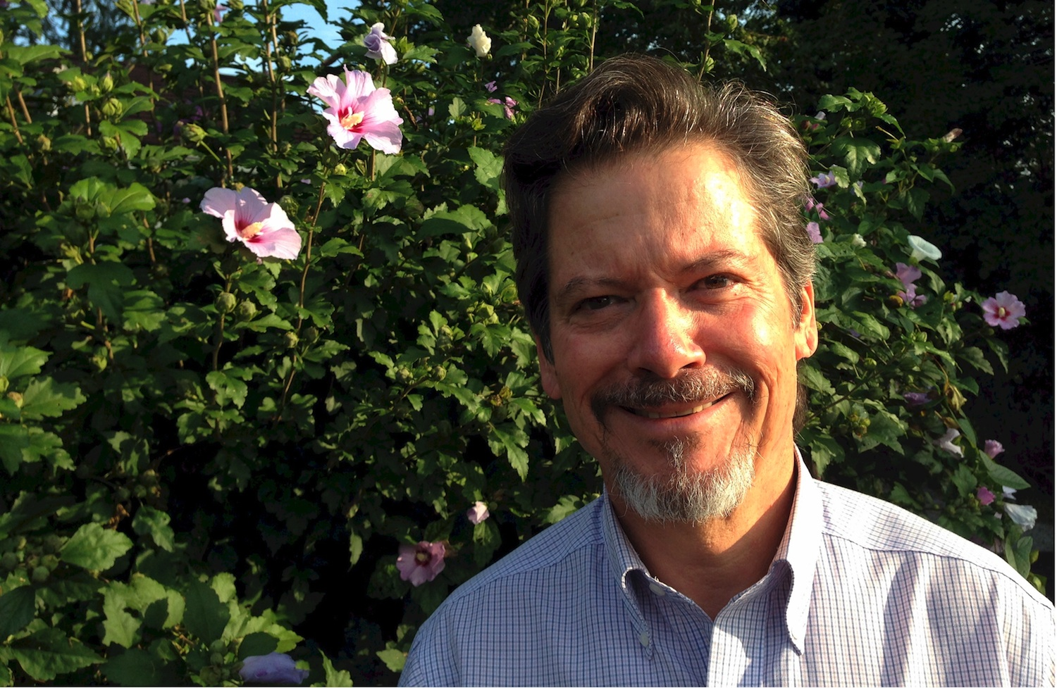 Jeff Oster, an Ohio-based podiatrist, launched MyFootShop.com in 1999.