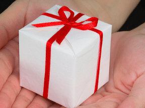 How to Accelerate Gift Sales for Ecommerce Retailers