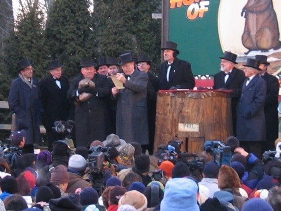 """""""Groundhogday2005"""". Licensed under CC BY-SA 2.0 via Wikimedia Commons - http://commons.wikimedia.org/wiki/File:Groundhogday2005.jpg#mediaviewer/File:Groundhogday2005.jpg"""