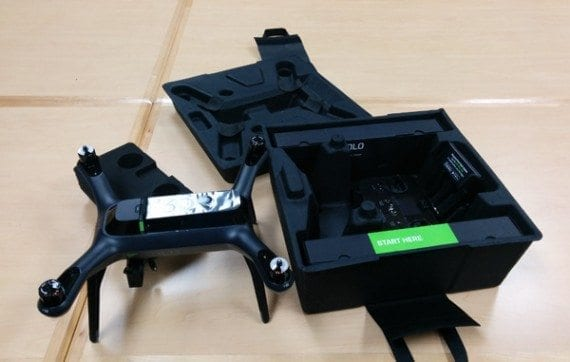 The author unboxed this 3DR Solo.