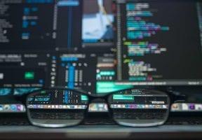 Choosing Web Servers: Dedicated or Virtual Private?