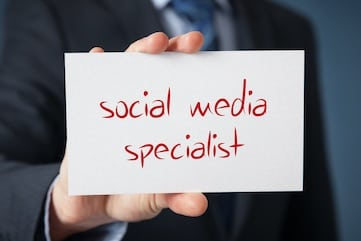 3 Tips for Hiring (or Not) a Social Media Marketer