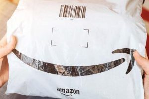 Photo from Oceana of a plastic Amazon mailer bag