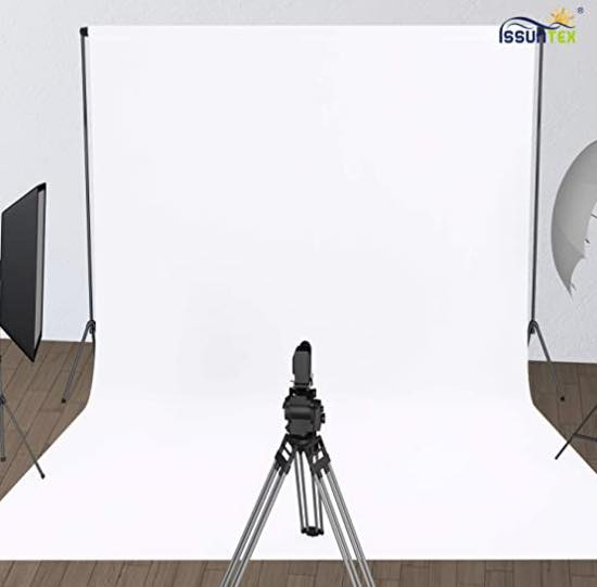 Photo from Amazon of an Issuntex white muslin backdrop
