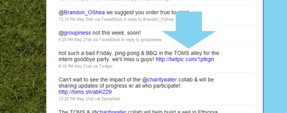 Screen shot of TOMS Shoes Twitter stream showing a link to a TwitPic photo.